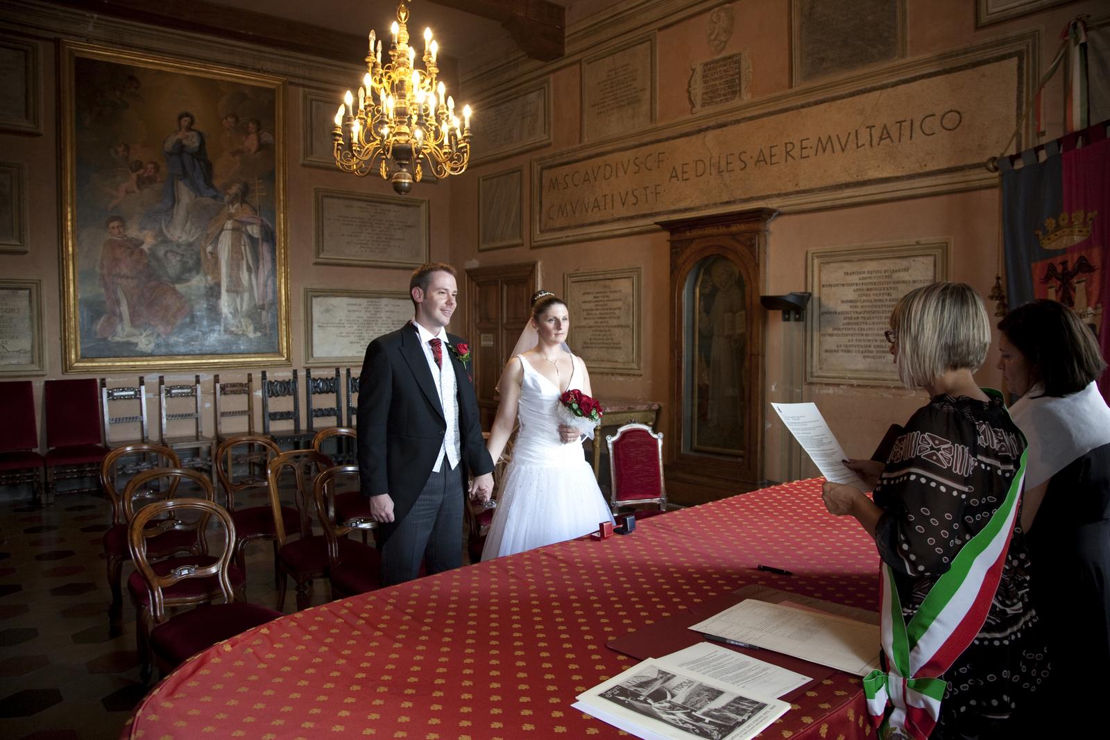 wedding tivoli town hall