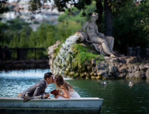 Elopement in Villa Borghese Gardens in Rome